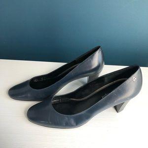 "NWOB Etienne Aigner Navy Pumps Size 10W 3"" heels"
